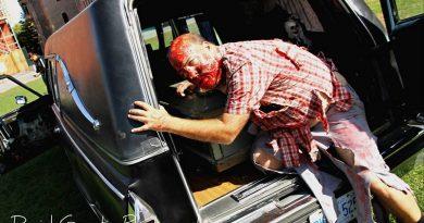 La marche des Zombies 2015 pt2