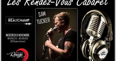 Sam Tucker en spectacle, au restaurant Ferme Rouge.