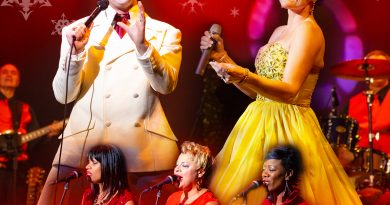Paquette Productions presents Elvis a Christmas Special